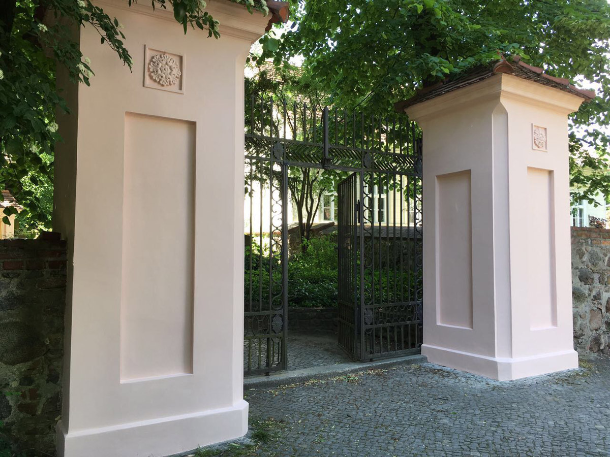 Denkmalpflege Säulen